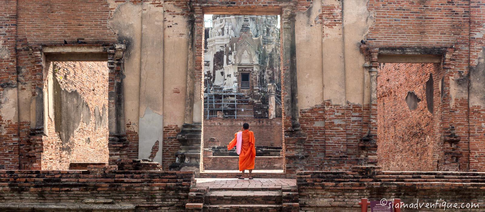 Thai Buddhist Monks in Ayutthaya
