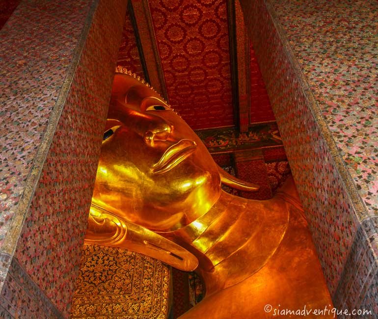 The Reclining Buddha Image at Wat Pho